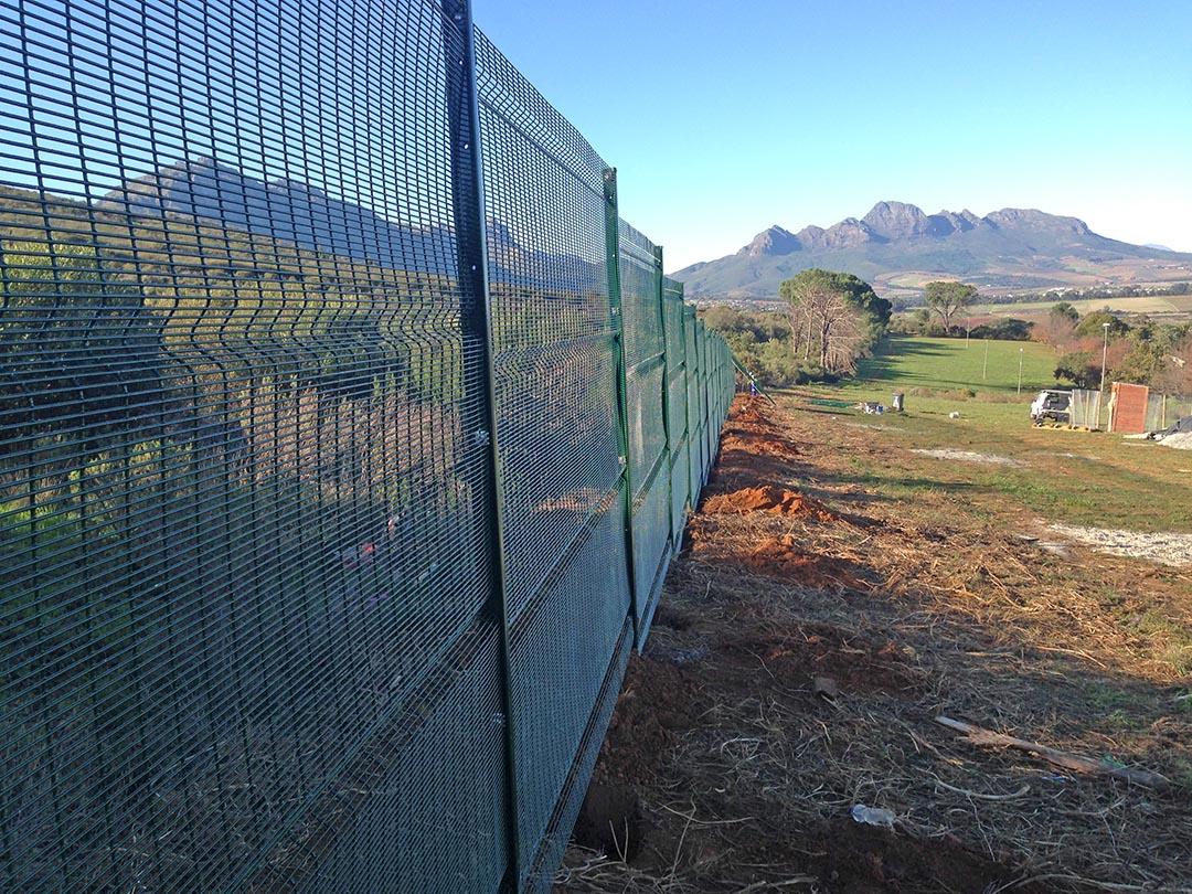 Stellenbosch Onderpapegaaiberg Fence